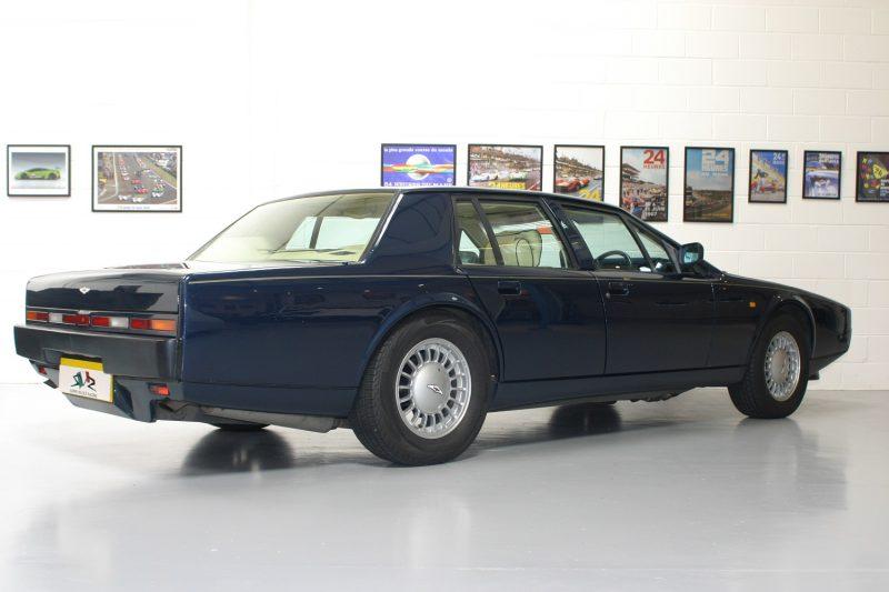Aston Martina Lagona