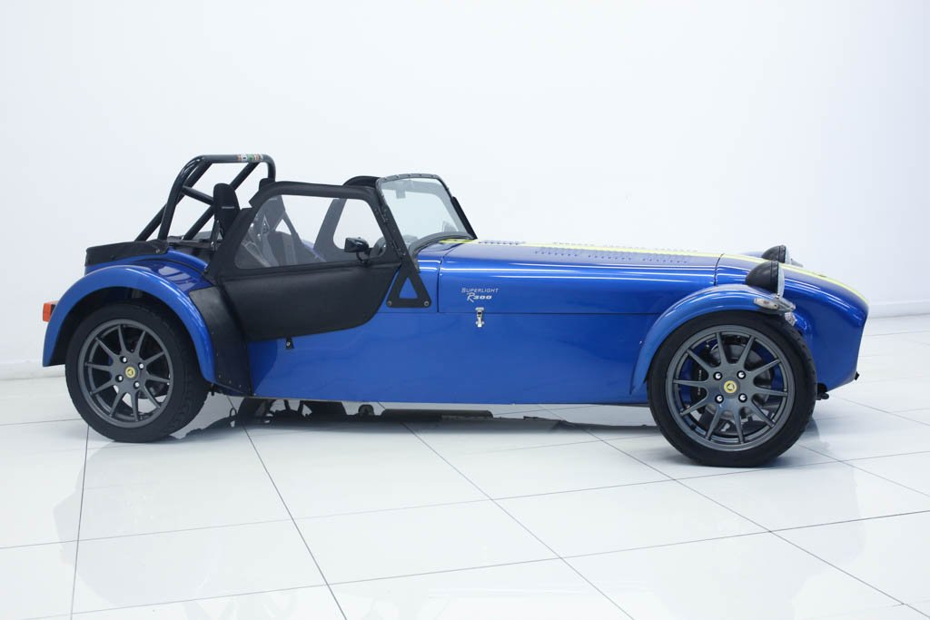 Caterham Seven Superlight R300