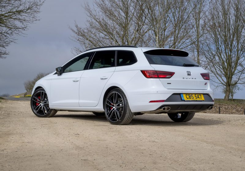 seat adds more value to leon cupra 300 range - car obsession